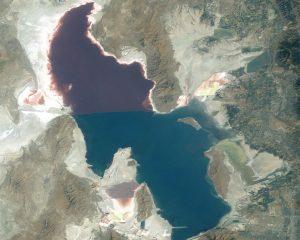 Great_Salt_Lake_ISS_2003